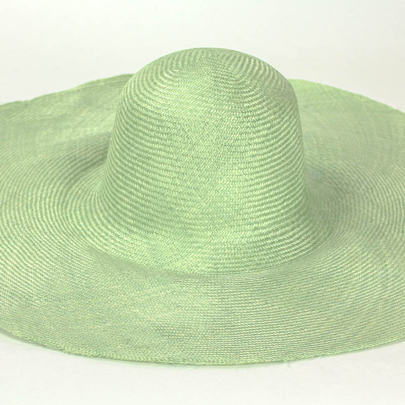 """Mint Grade One Parasisal 6"""" body. Finely woven straw with sheen"""