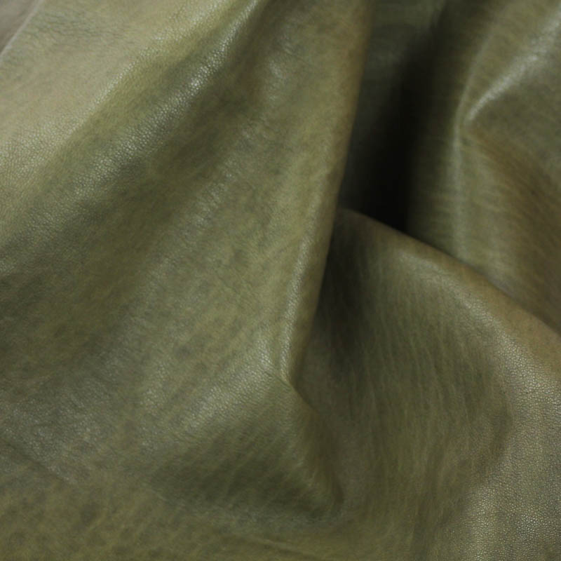 Antique Pine Green in Supple and soft leather, thickness of .65-.75mm, and blockable. Dyed all the way through.