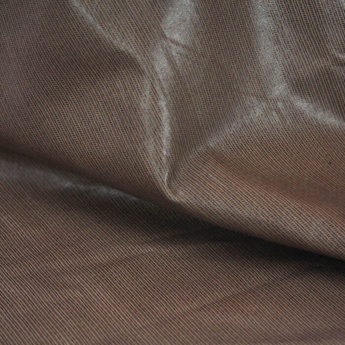 Supple and soft leather, thickness of .60-.70mm, and blockable.