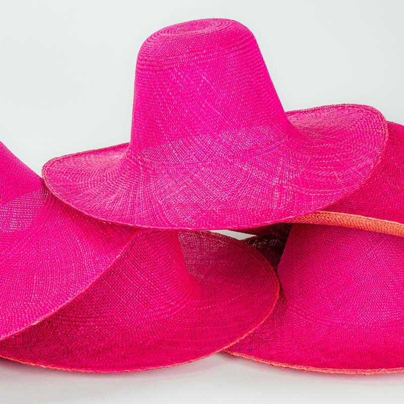 Close Out hatbody made of unknown straw fiber, 5 piece set