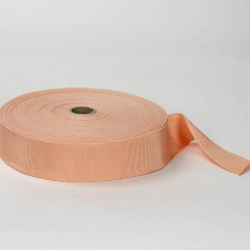 Medium Peach. Made in France. Blend of 44% rayon/ 56% cotton grosgrain belting with a saw-tooth edge.