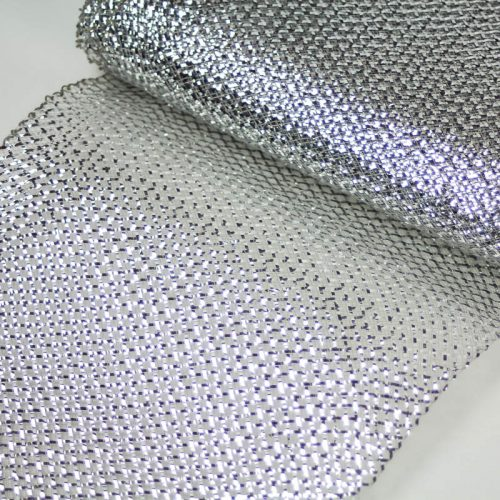 Silver Lurex, very flexible horsehair.