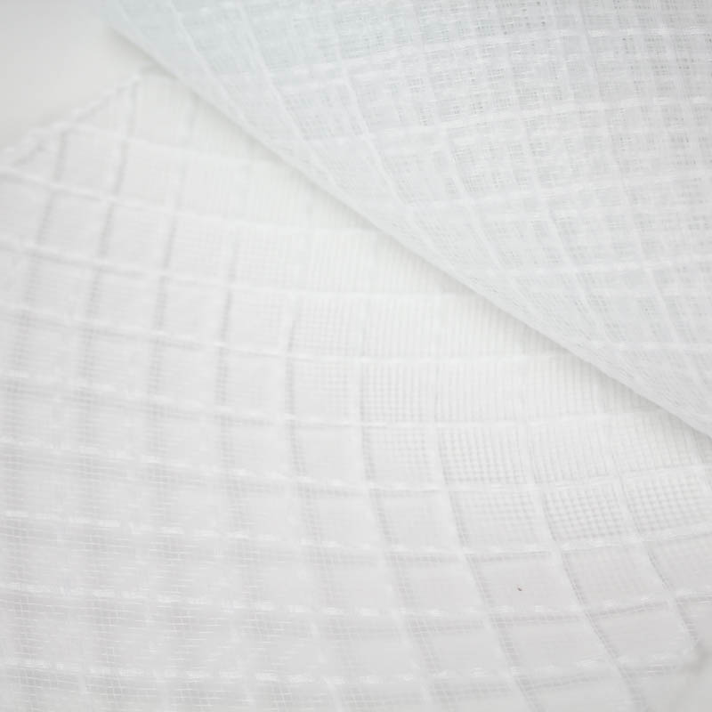 White Crosshatch or zigzag pattern. Excellent quality.